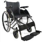 Silla-de-ruedas-estandar-en-acero-con-apoyabrazos-y-reposapies-fijos